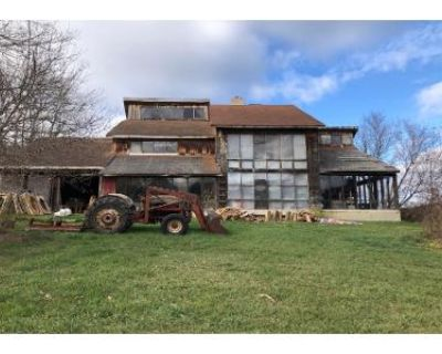 4 Bed 1.5 Bath Foreclosure Property in Spring Mills, PA 16875 - Walters Haven Ln
