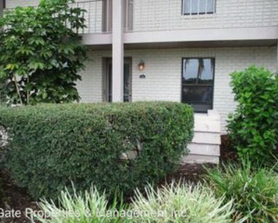 2840 Plaza Terrace Dr, Orlando, FL 32803 2 Bedroom House