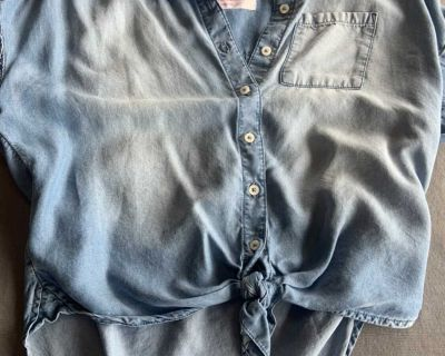 Girls Justice super soft chambray top sz 10