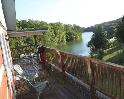 Lake Front Log Cabin Near Smoky Mtns, Attractions & I-40 Quiet Cove Private Dock - Dandridge