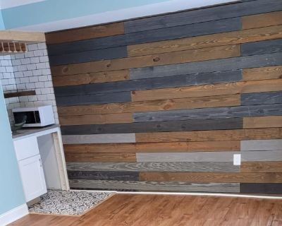 Private room with own bathroom - Germantown , MD 20874