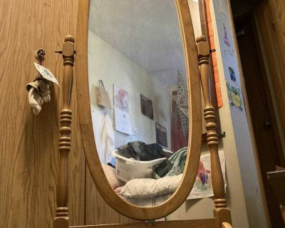 Oval Standing Mirror