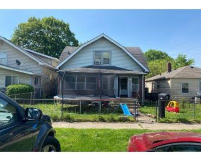 3 Bed 1.5 Bath Preforeclosure Property in Indianapolis, IN 46221 - W Wilkins St