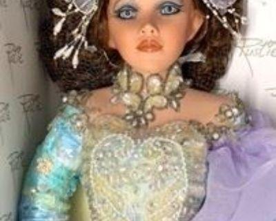 Doll Collectors Dream & Vintage Decor Auction!