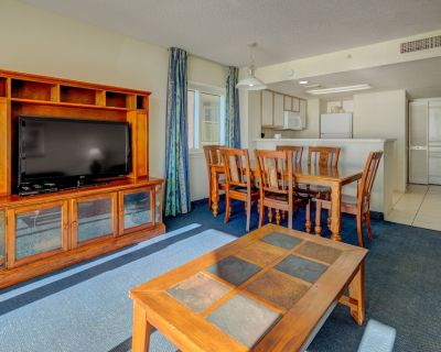 4th floor ocean view condo w/ central AC, shared hot tub, free WiFi, balcony - Crescent Beach