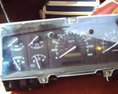 2 Cluster Panel Gadges F-250 Diesel & non-Diesel