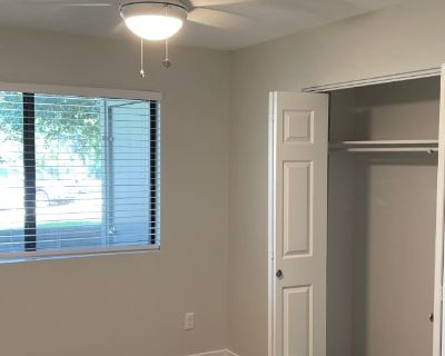 Private room with own bathroom - Boulder , CO 80304