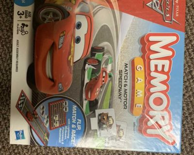Cars match motor speedway memory game like new!