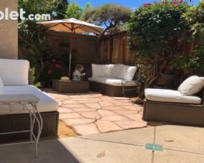 Pioneer Alameda, CA 94501 4 Bedroom House Rental
