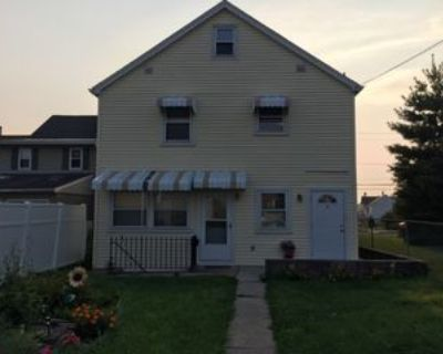 870 3rd St #1R, Whitehall, PA 18052 1 Bedroom Apartment