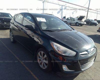 Salvage Black 2013 Hyundai Accent