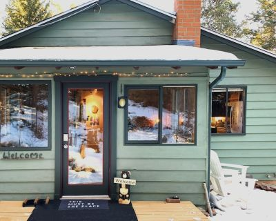Mountain Cottage Retreat - Gilpin County