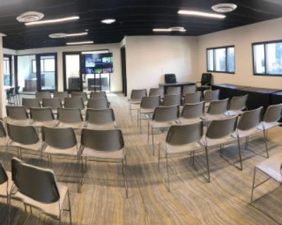 Newly Renovated Off-Site & Workshop Venue: Private Offices, Breakout Space, Conference & Presentation Amenities, Pasadena, CA