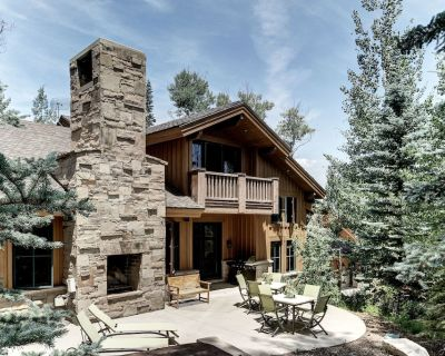 Park City Ski-In/Ski-Out Luxury Home at Canyons - The Timbers