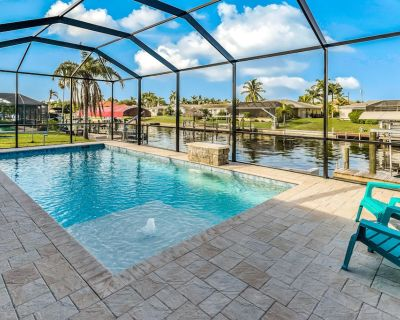 Luxurious waterfront home with private pool, and WiFi - snowbird friendly! - Caloosahatchee