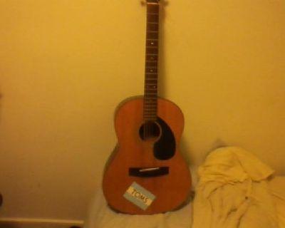 $100 OBO Yamaha FG-75-1 Acoustic Guitar w/ Hardshell case (plush interior)
