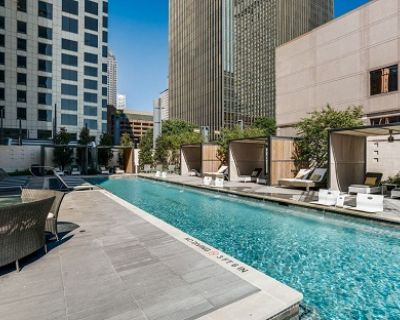 Sensational 3Br floating in downtown