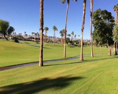 3 Bedrooms, 2 Ba, Pools Open, Golf Cart, 3 Bikes. Spectacular view. - Palm Desert
