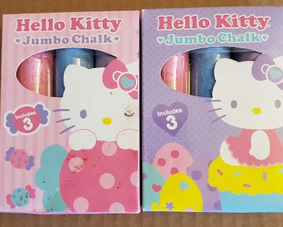 2 boxes hello kitty color chalk