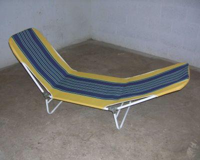 One extendable beach or garden chair