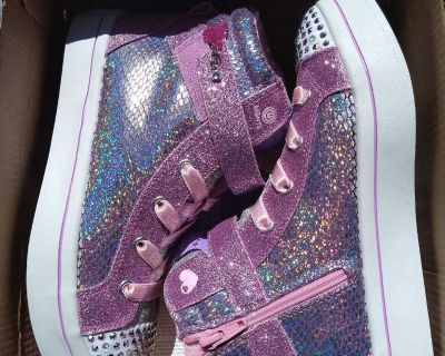 Pink/Silver Girl's Skechers Size 3.5