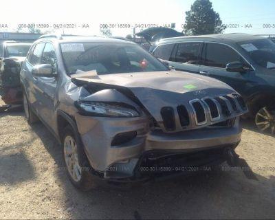 Salvage Silver 2018 Jeep Cherokee