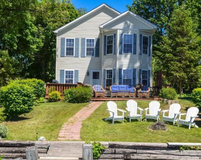 Mariner's Cove - A Spectacular Seneca Lakefront Retreat for Wine Lovers! - Town of Varick