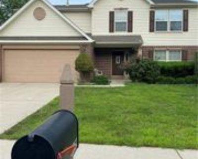 1231 Berrywood Dr, Greenwood, IN 46143 3 Bedroom House