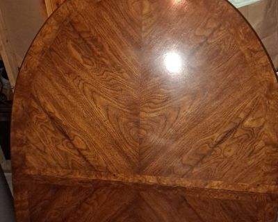 Kitchen/dining room table with chairs