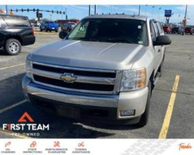 2007 Chevrolet Silverado 1500 LT with 1LT Crew Cab Short Box 4WD