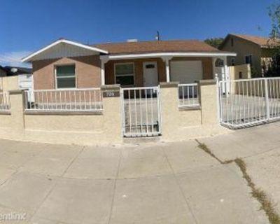720 Woodrow Ave #Bakersfiel, Bakersfield, CA 93308 3 Bedroom House