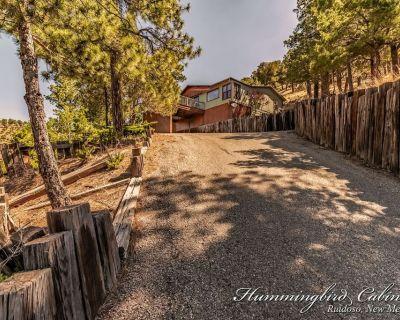 'Sierra Blanca Views!' Chillin' Retreat is a mountain top paradise. - Ruidoso