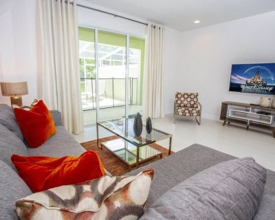 Private 3 Bed 3 Bath Townhome - Cozy family vacation home sleeps up to 6 guests - Four Corners