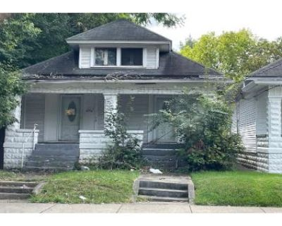 1 Bed 2 Bath Preforeclosure Property in Louisville, KY 40212 - W Market St