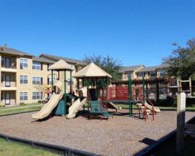 702 Salem Rd, Victoria, TX 77904 2 Bedroom Apartment