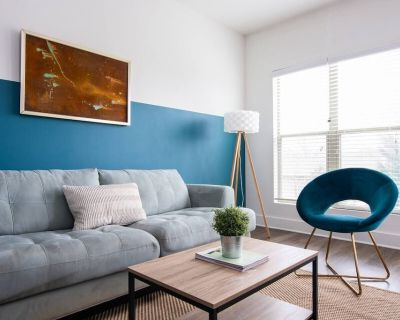 Relax from your Modern Apt Minutes to Broadway! - East Nashville