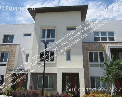 Gorgeous 4 Bed/3.5 Bath Townhome in a Great Dublin Location