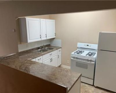 1bed/1bath Cottage - private entry way