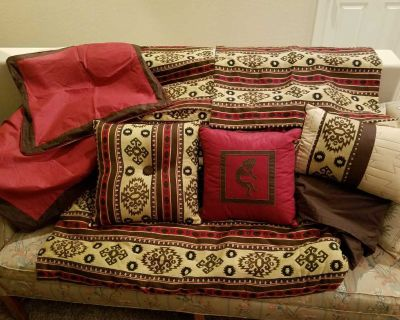 Queen bed Comforter set with decorative pillows