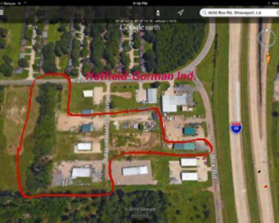 4800 SF Industrial Building w/ rocked yard off I49