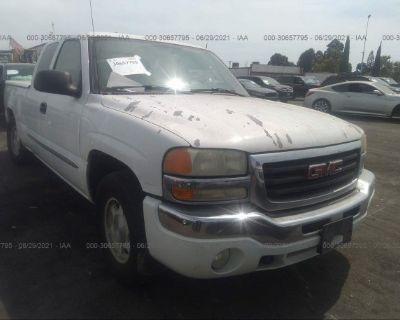 Salvage White 2004 Gmc Sierra 1500