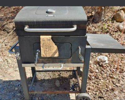 Grill master char grill  barbaque used but in excellent condition outdoor cooling