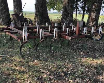 IH 3 Point Hitch Cultivator For Sale