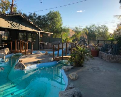 Country Oasis Pool / Pond, BBQ, patios, sitting and lounging area., Agua Dulce, CA