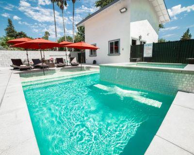 Grand Resort Style Property w/3 homes+pool&spa! - Woodland Hills