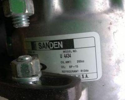 Brand New High Quality Ac Compressor And Clutch Sanden Style U4434