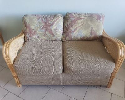 GREAT FLORIDA STYLE FURNITURE & TOOLS ONLINE AUCTION. EVERYTHING STARTS AT $1.00