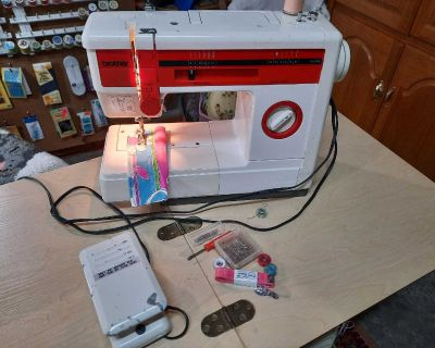 Brother Sewing Portable Machine, model VX-80X