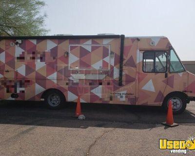 27' Freightliner MT13FD Diesel Food Truck / Waffle Truck Mobile Kitchen
