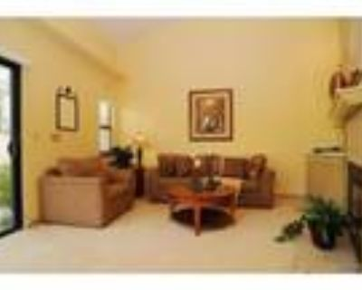 Beautiful 2 Bed+ Family Room, 2 1/2 Bath ,Town Home in MB